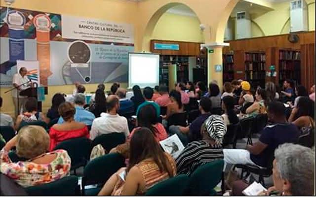 conferencia en biblioteca de cartagena
