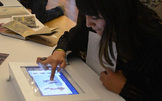 Postales digitales y libretas de dibujos