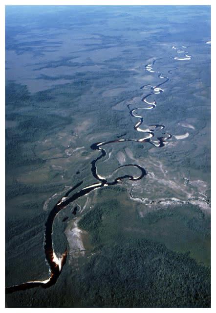 Vista aérea del río Amazonas