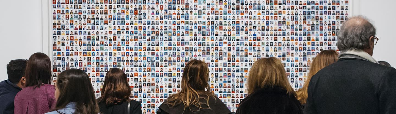 Montaje de la exposición Campo a través en Madrid