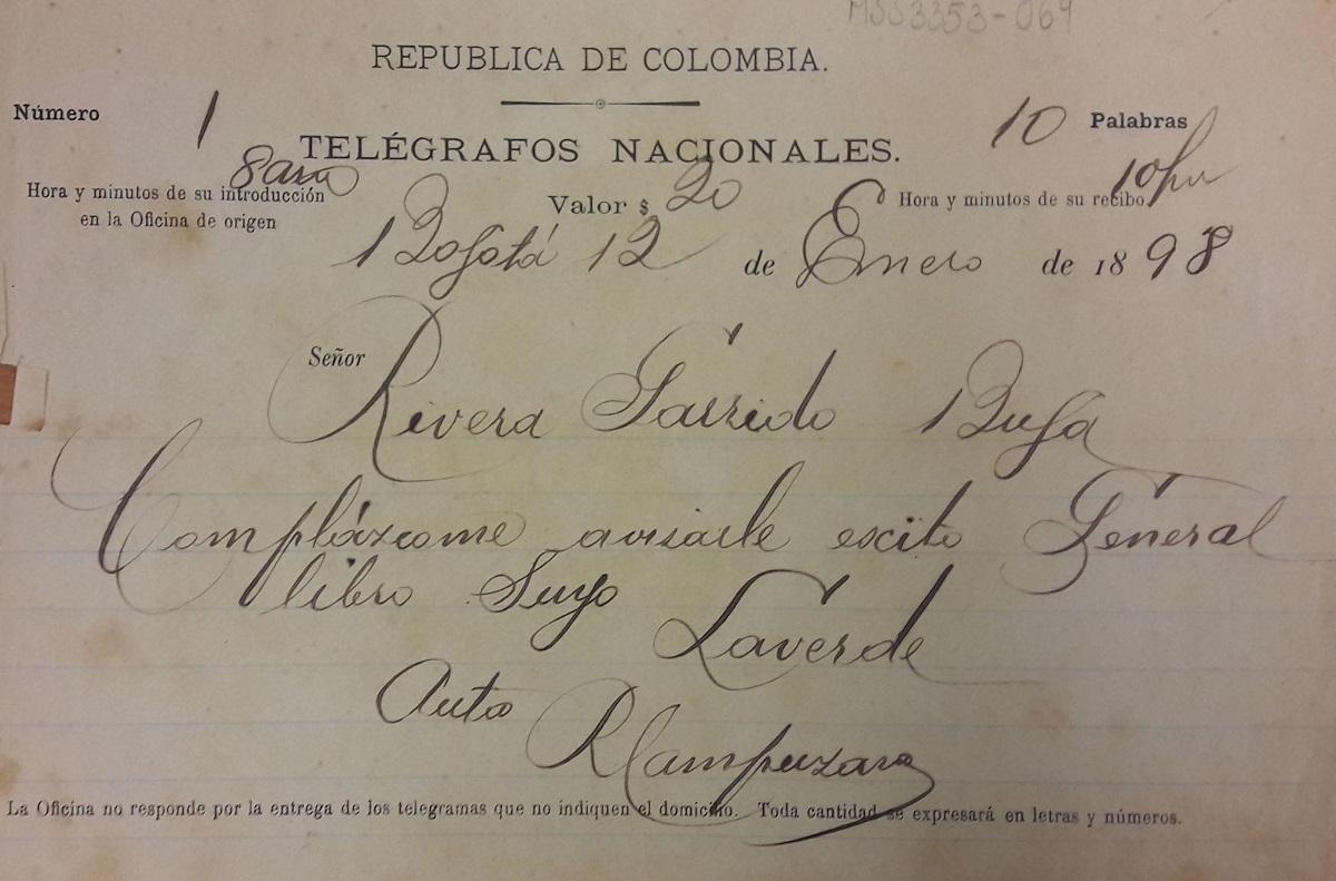 Comunicación telegráfica enviada a Luciano Rivera y Garrido, en el que le avisan sobre escritos generales de un libro suyo. Bogotá, 12 de enero de 1898.